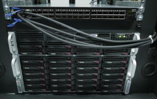 Server-Rack mit supermicro-Servern